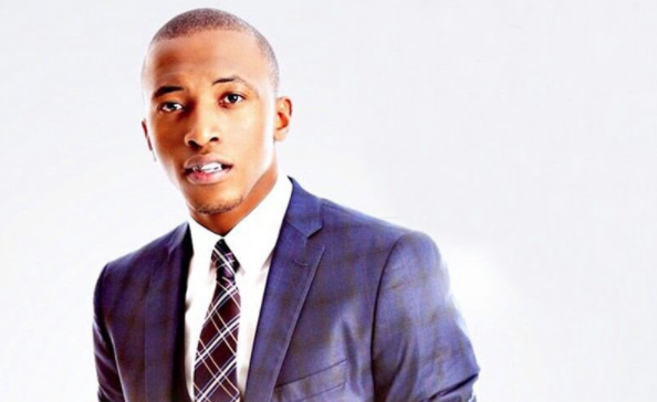 Kuhlala Kuye (Siyabong) Song Lyrics by Dumi Mkokstad
